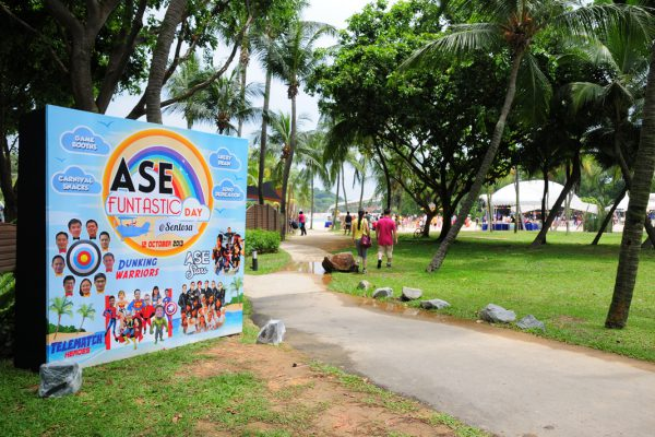 event-management-company-singapore-family-day-corporate-events-ASe-bonding-backdrop1