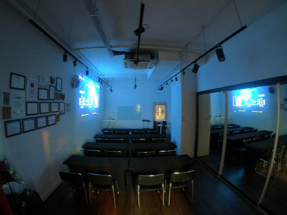 training-room-rental-meeting-room-rental-singapore-jurong-Classroom-style