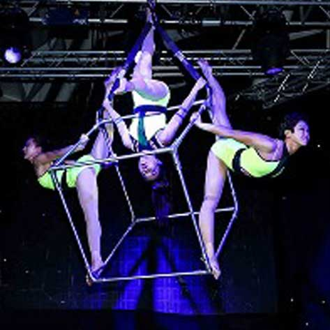 Ariel-Cube-Event-Entertainment-Showtime-Talent