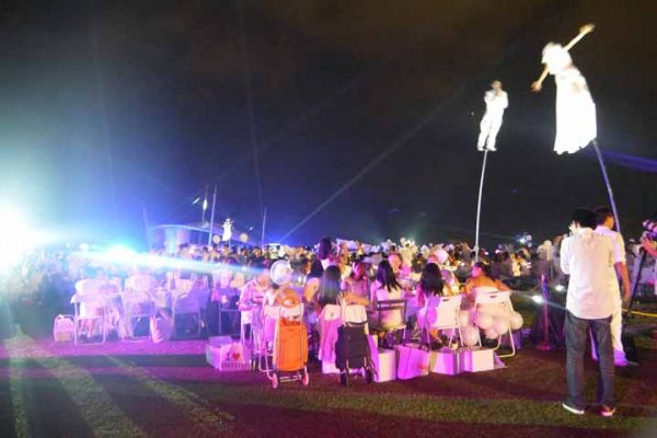 Dinner-en-blanc-special-events-event-management-singapore-3