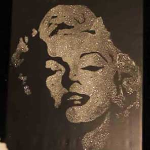 Glitter-Painting-Showtime-Entertainment-Showtime-Talent-Singapore-Event-Management