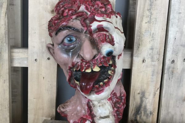 singapore-event-management-halloween-props-rental-2D-heads-zoom-small