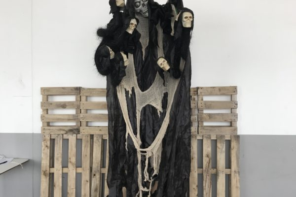 singapore-event-management-halloween-props-rental-hanging-8-skull-arms