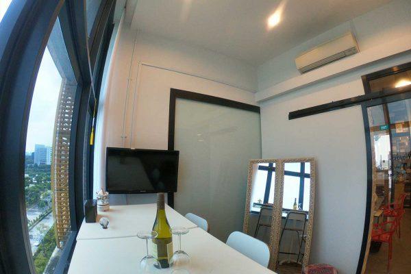 green_screen_studio_rental_make_up_station_room_rental_west_streaming (3)