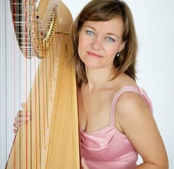 bands or instruments in Singapore, harpist