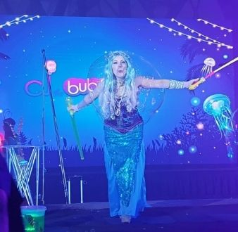 bubble girl mermaid and bubble dance in Singapore