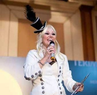 event-management-event-entertainment-singapore-entertainment-showtime-donna-daniels-showtime