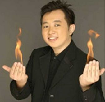 event-management-event-entertainment-singapore-magician-illusionist-magician