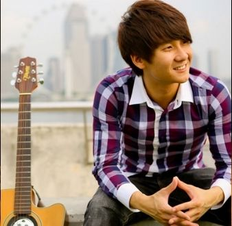 event-management-event-entertainment-singapore-singer-Charles