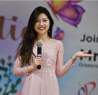 female-event-emcees-singapore-paige