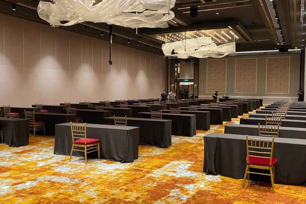 Orchard hotel ballroom for your hybrid events