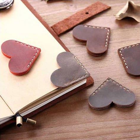 virtual-workshop-diy-craft-workshop-leather-bookmark