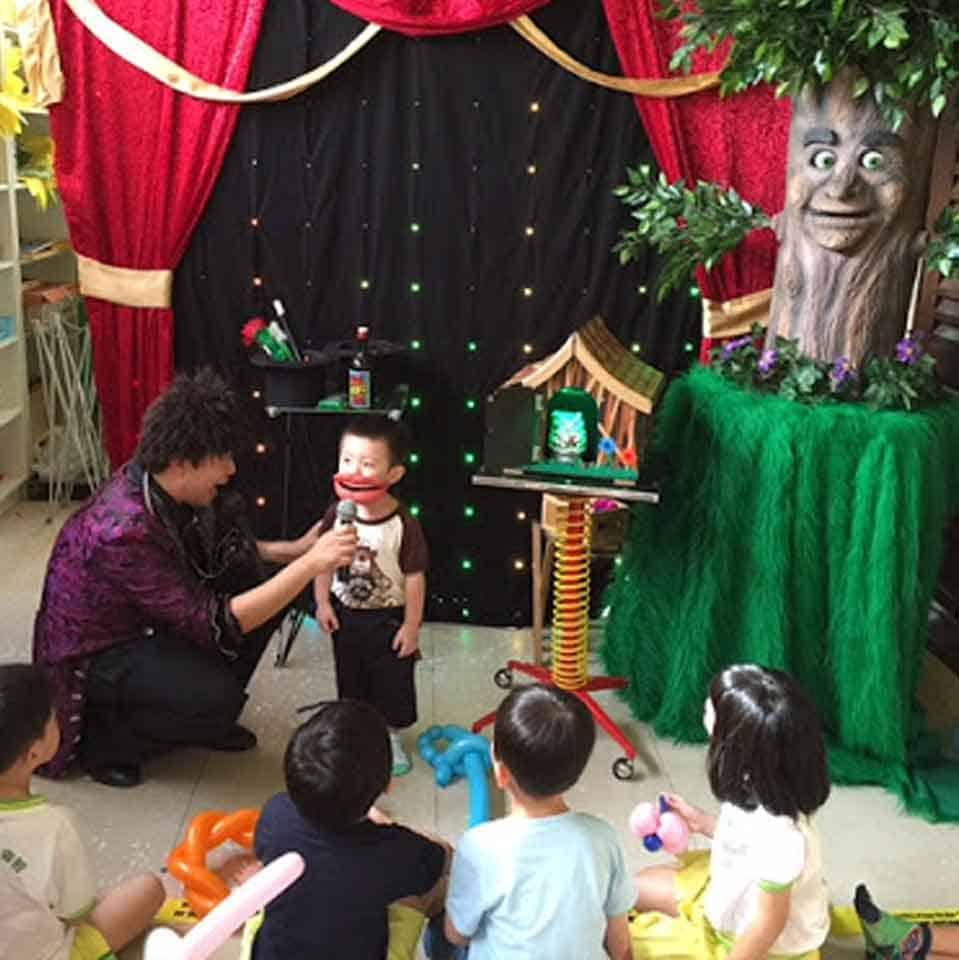 virtual-mid-autumn-event-packages-singapore-event-company-performance-lthe-magic-of-joe-yu-magic-talking-tree
